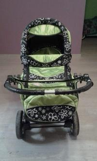 Wózek dziecięcy zielony
