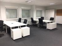 CHOPINA- pomieszczenia biurowe, umeblowanie, klimatyzacja
