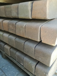 wyprzedaż betonowa palisada KRAVENTO wys. 35 cm 3zł/szt