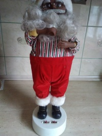 Mikołaj i skarbonka