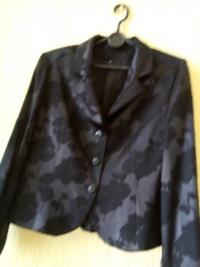 Czarny żakiet i spodnica