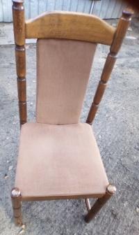 Sprzedam 6 brązowych krzeseł