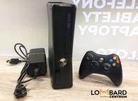 Konsola Xbox 360 S 250GB Model: 1439 + pad