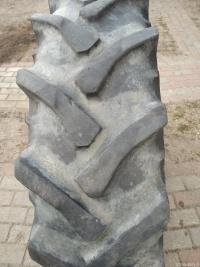 Opony 12,4x24