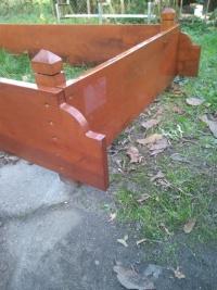 Nagrobek drewniany