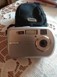 Sprzedam aparat cyfrowy z kamerą