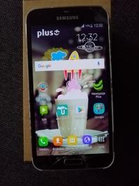 Sprzedam Samsunga galaxy S5 bez blokady LTE NFC lekko zbity