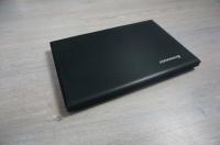 Lenovo i3 8Gb Ram 1000 Gb SSHD Windows 10 Radeon R5 2GB