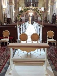 Klęcznik i 4 krzesła
