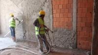 Tynki maszynowe cementowo wapienne