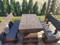 Stół + dwie ławki z bali
