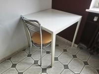Stół biały kwadratowy