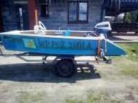 łódka motorowa i przyczepa sam