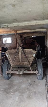 Wóz konny z zaczepem do ciągnika