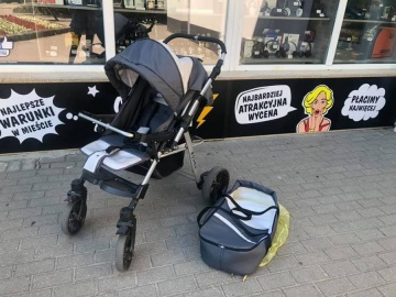 Wózek dziecięcy Royal  Cena 200 złotych  LoMbard Centrum ul.