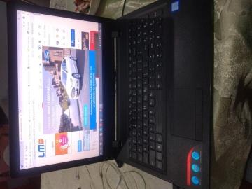 Laptop LENOVO mało używany