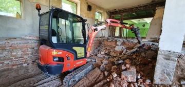 Wyburzenia wewnątrz budynków, skuwanie posadzek, tarasów itd