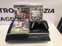 Konsola PS3 W komplecie Konsola pad Gry widoczne na zdjęciu