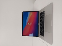 Apple MacBook Pro 15 i7/16GB/256/Radeon Pro 450 - 2016