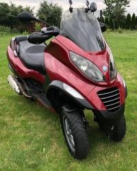 PIAGGIO MP3 125 cc skuter PLUS AKCESORIA NA MOTOCYKL