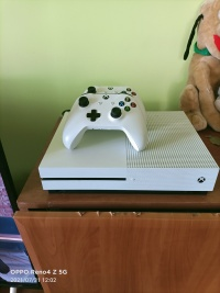 Xbox one s 1tb 2pady