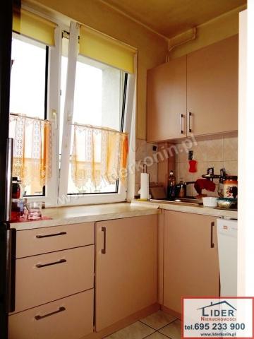 Sprzedam mieszkanie - 3 pokoje - balkon -os. V, Konin