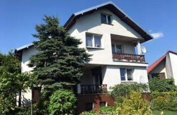 Na sprzedaż dom o pow. ok. 200 m2, osiedle Glinka