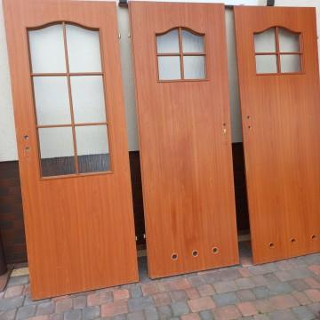 Drzwi pokojowe70 i łazienkowe 60