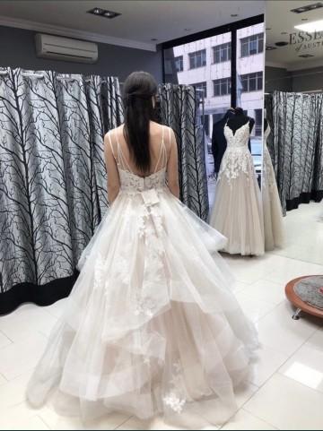 Sprzedam przepiękną suknie ślubna
