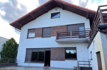 Sprzedam dom - Konin - działka 587m2 - 6 pokoi - piwnica