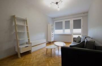Na sprzedaż 2-pokojowe, rozkładowe mieszkanie z balkonem