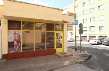 Sprzedam lokal na parterze w Centrum Konina