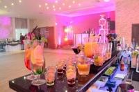 Mobilny bar z profesjonalną obsługą barmańską Barniańka