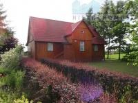 Piękny drewniany dom niedaleko Sompolna.